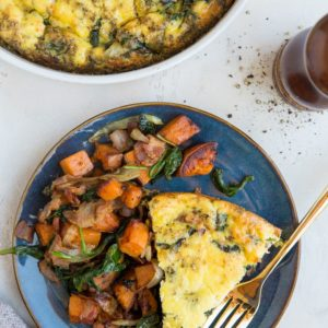Crustless Quiche Recipe - easy crustless spinach quiche with bacon and onions. A delicious breakfast or brunch recipe!