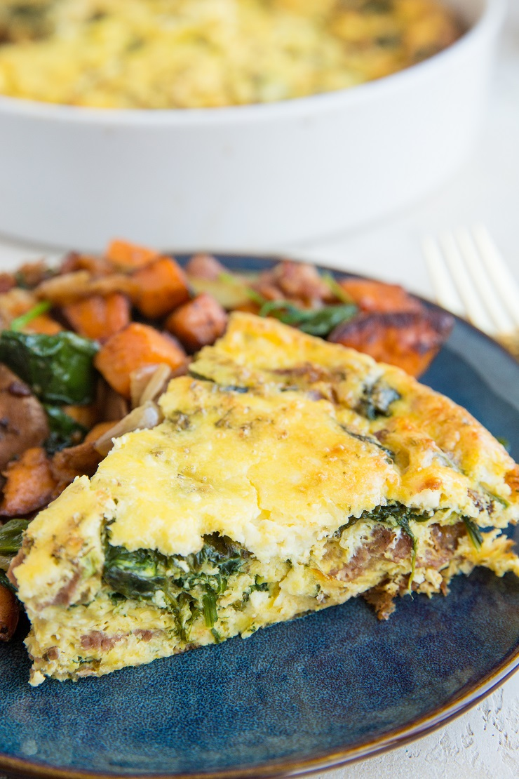 Spinach Crustless Quiche with caramelized onions and bacon - an easy and delicious brunch recipe