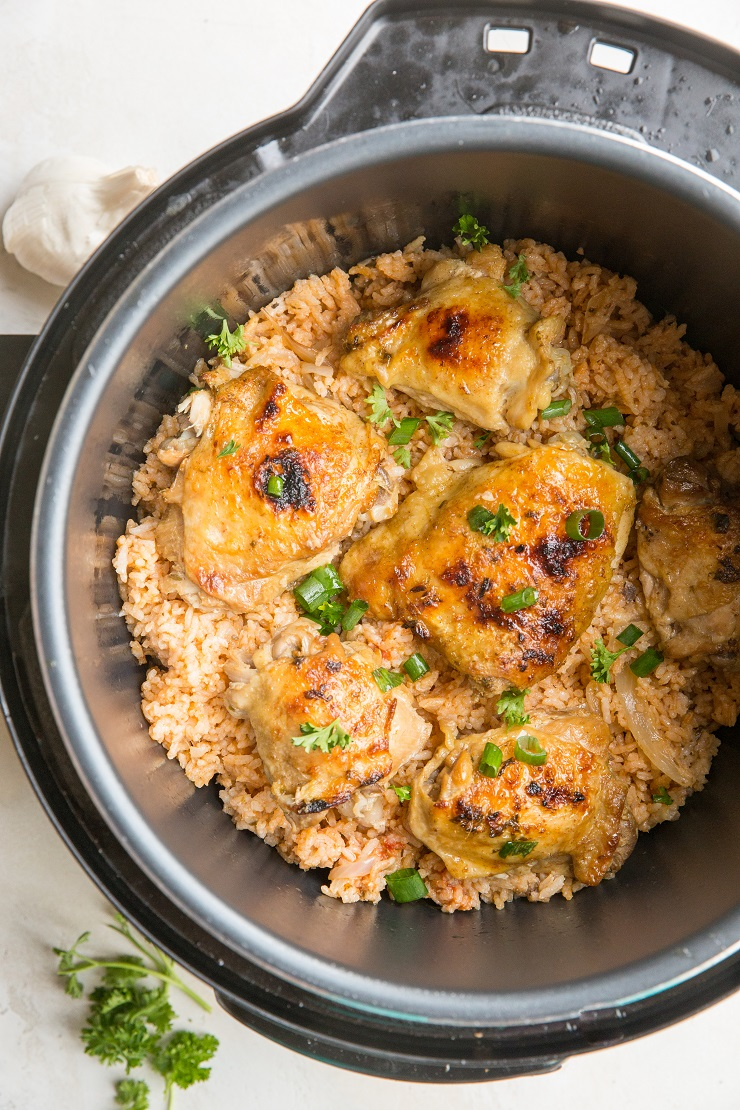 Quick and Easy Instant Pot Spanish Rice with Chicken - a super flavorful dinner recipe with perfectly tender chicken