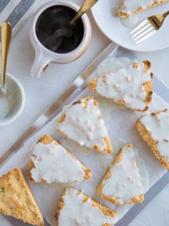 Sugar-Free Keto Scone Recipe with amazing vanilla bean glaze - these vanilla scones are grain-free, sugar-free and absolutely delicious!