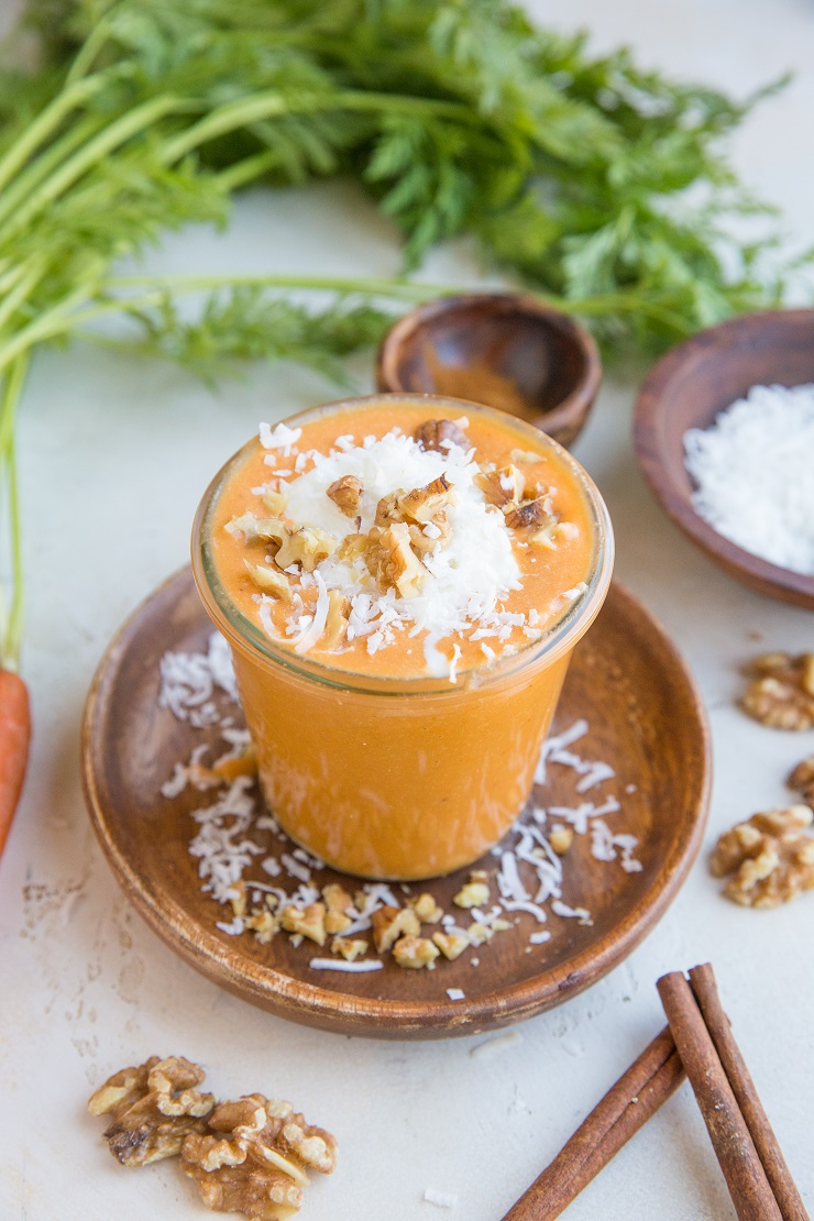 Low-Carb Carrot Cake Smoothie - a delicious creamy smoothie recipe that is low in carbohydrate (sugar-free!) and loaded with nutrients.
