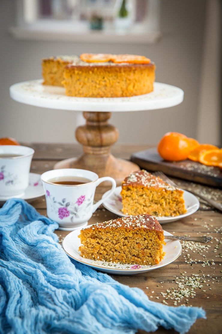 Paleo Grain-Free Clementine Cake made with only 5 ingredients! A moist, decadent dessert recipe