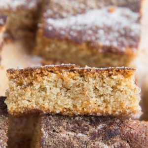 Keto Snickerdoodle Cookie Bars - grain-free sugar-free snickerdoodle cookies in the form of cookie bars - an easy, absolutely delicious cookie recipe!