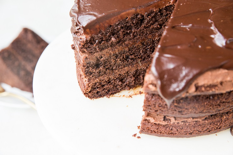 Amazing dairy-free chocolate ganache recipe made with only 2 ingredients. Vegan, paleo, keto