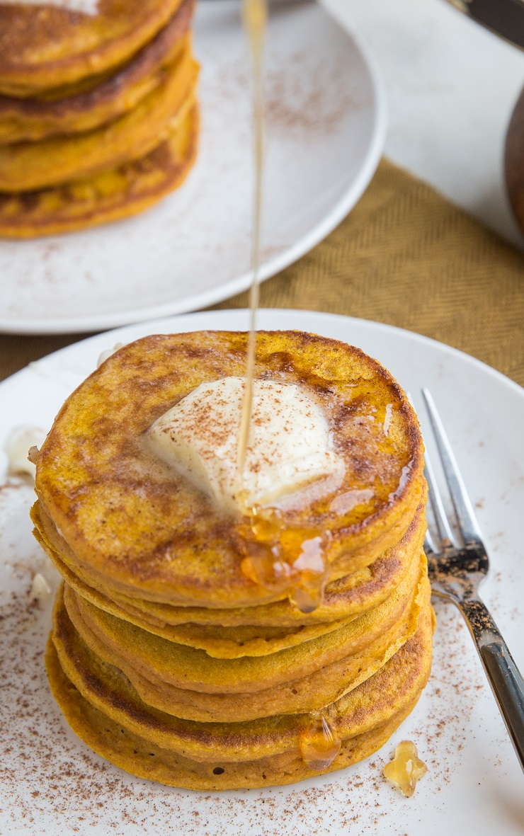 Gluten-Free Protein Pumpkin Pancakes made flourless with oats and dairy-free. Gluten-free and delicious!