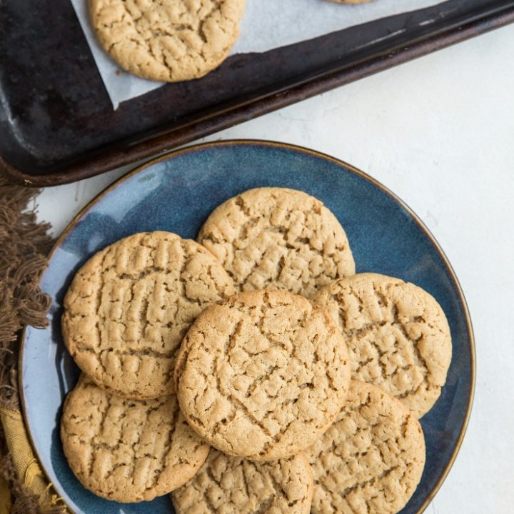5-Ingredient Keto Peanut Butter Cookies - flourless, grain-free, sugar-free, easy to make and delicious!