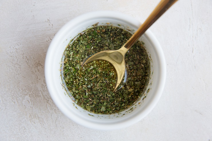 mix the avocado oil, dried herbs and sea salt in a bowl