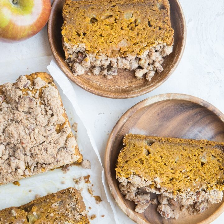 Spiced Gluten-Free Apple Pumpkin Bread with Streusel Topping - gluten-free, dairy-free, refined sugar-free a delicious fall treat!