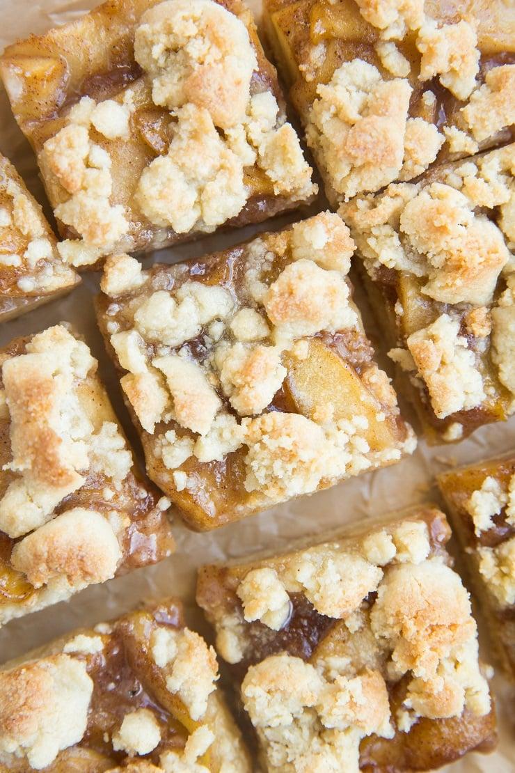 Grain-Free Vegan Apple Pie Bars - grain-free, dairy-free, refined sugar-free healthy pie bars that are egg-free